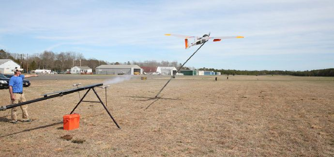 Shown as it was being launched, the RS-20 drone used in the test of airborne LTE conducted in Woodbine, New Jersey, carried equipment to connect it wirelessly with the Verizon network core. The 165-pound drone has a 17-foot wingspan.