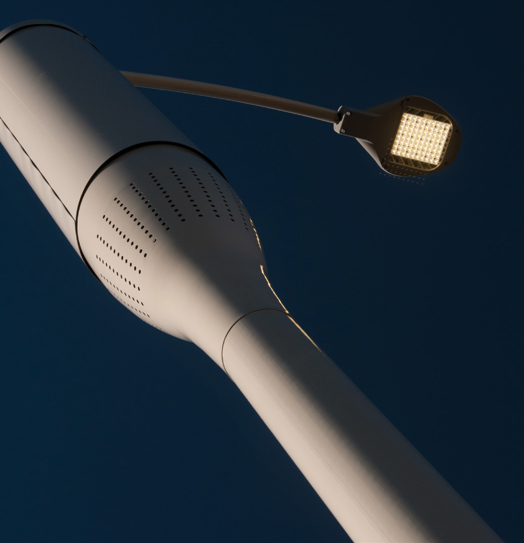 As part of a backbone in an outdoor internet of things platform capable of delivering new services and value, the integrated lighting and small cell takes LED street lighting and turns it into a services hub. Photo courtesy of Philips