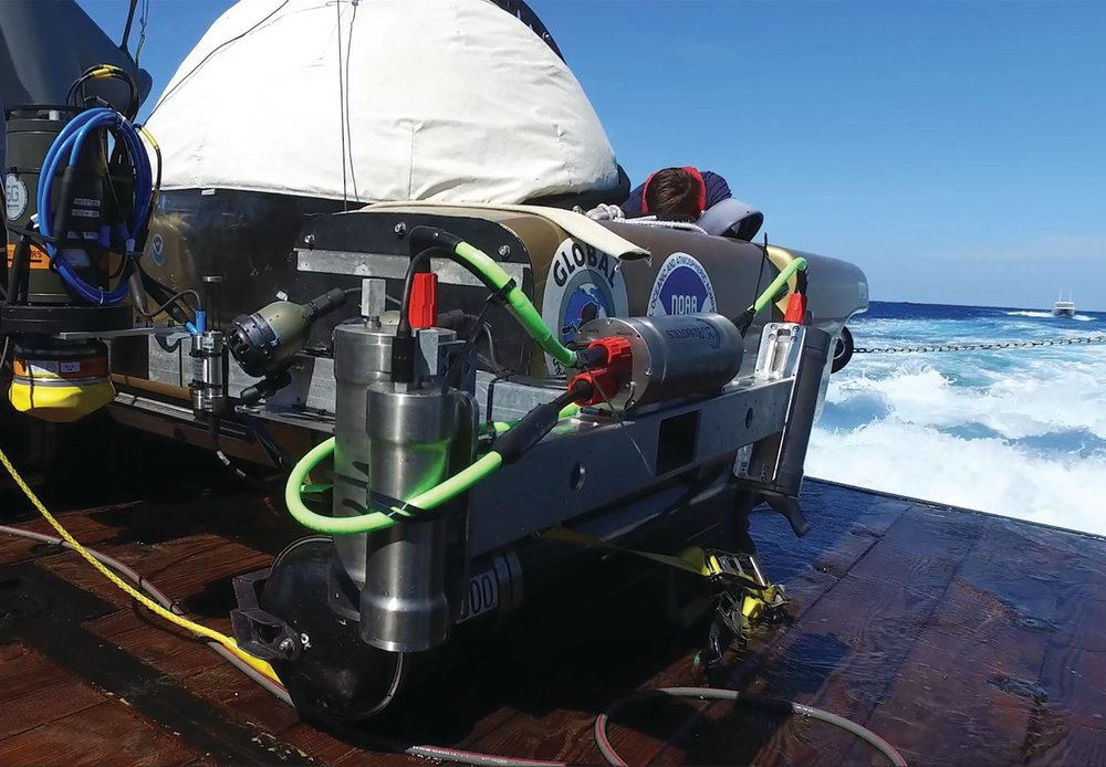 ULS-500 PRO underwater laser scanner and submersible ready for deployment. Photo credit: NOAA and 2G Robotics.