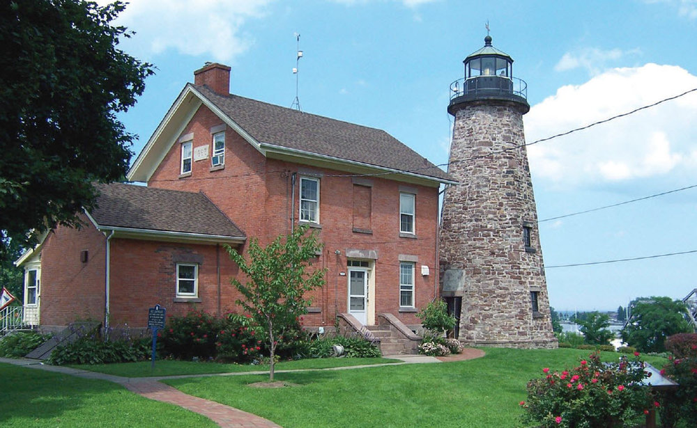 Charlotte–Genesee lighthouse, photo courtesy Great Lakes Seaway Trail. .....