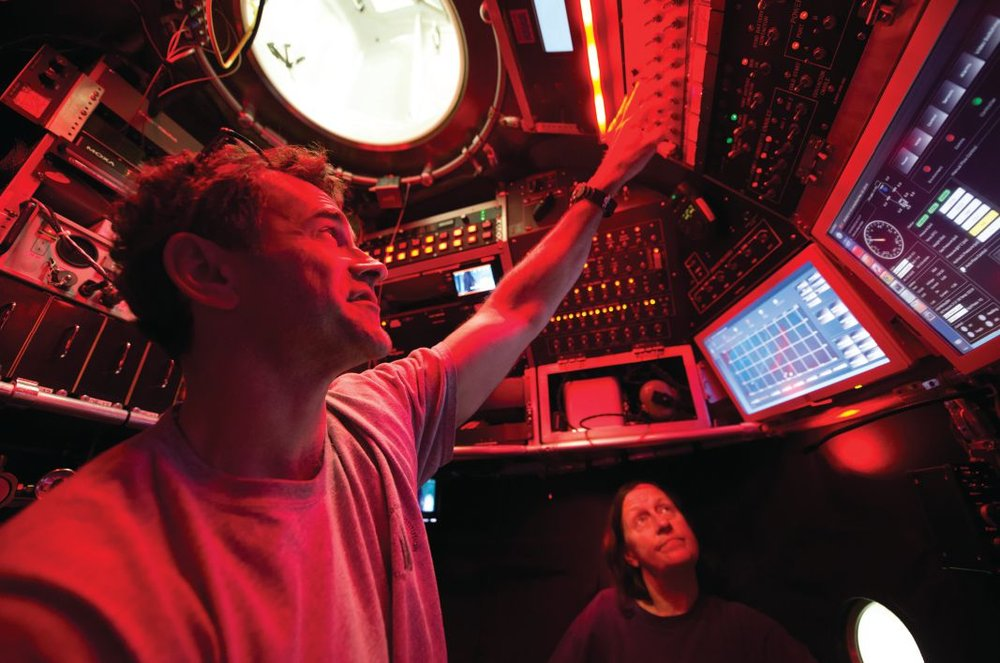 Bruce Strickrott and Susan Humphris inside the Alvin sphere. Photo credit: Chris Linder, Copyright © Woods Hole Oceanographic Institution