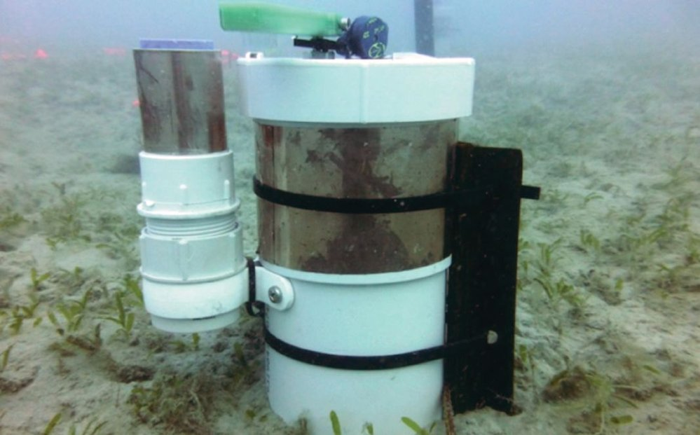 High frequency water quality logger measuring available light, important for seagrass, 
