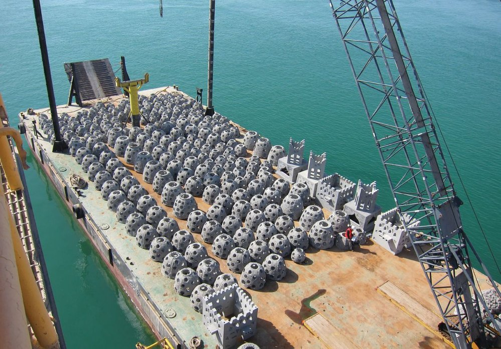 Initially, Reef Arabia worked with the best-known patented design originating from the U.S., seen here on a barge.