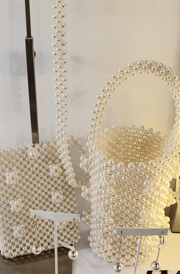 NahMu's pearl bags