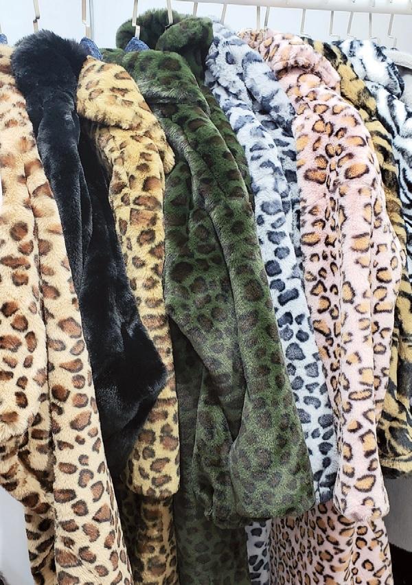 Alex Max faur fur animal prints