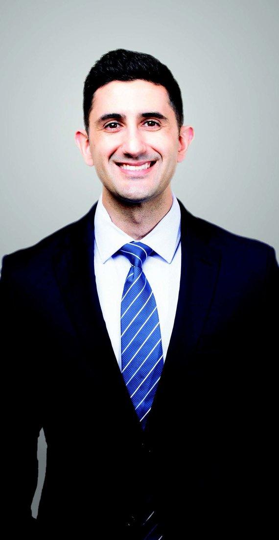 PAUL P. DARAEI, MD