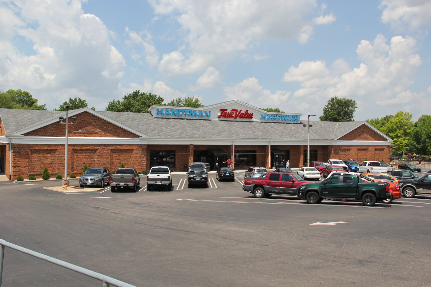 Handyman True Value's three stores average 32,000 square feet of retail space.