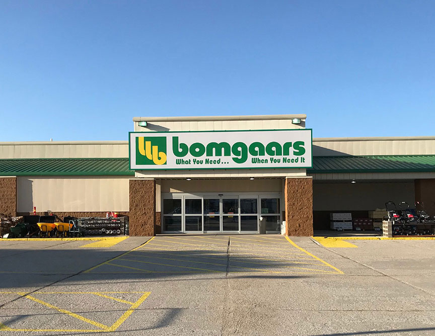 New Bomgaars store in Ainsworth, Neb.