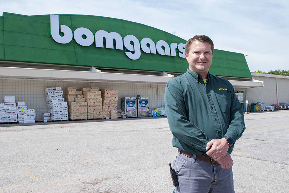 Joseph Puhalla is manager of Bomgaars' new store in Council Bluffs, Iowa.
