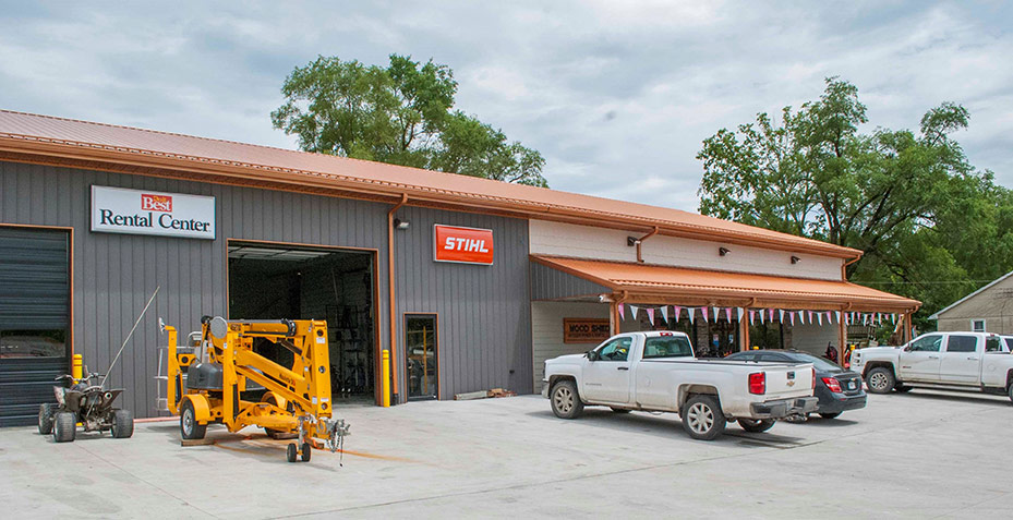 Cecil and Sharona purchased the lot across the street and turned that into Wood Shed Outdoor Power & Rental, a 7,200-square-foot showroom featuring power equipment, grills, outdoor furniture and rental inventory.
